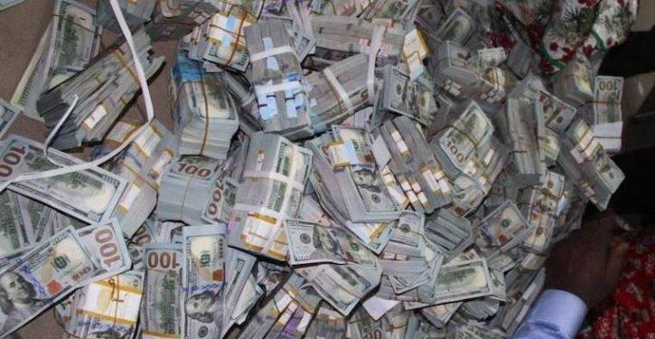 dollars-found-in-the-apartmen-credit-efcc