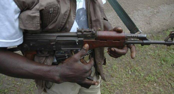 Gunmen-kill-3-policemen-abduct-minister's-brother-in-Edo.jpg